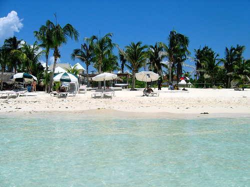 isal mujeres beach